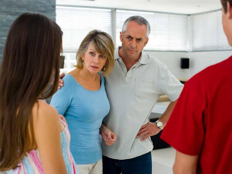 Мои родители против отношений с моим парнем
