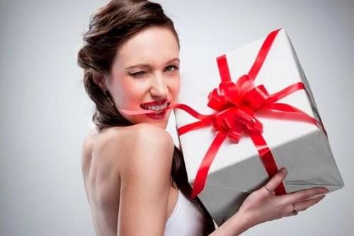 Что подарить женатой любовнице