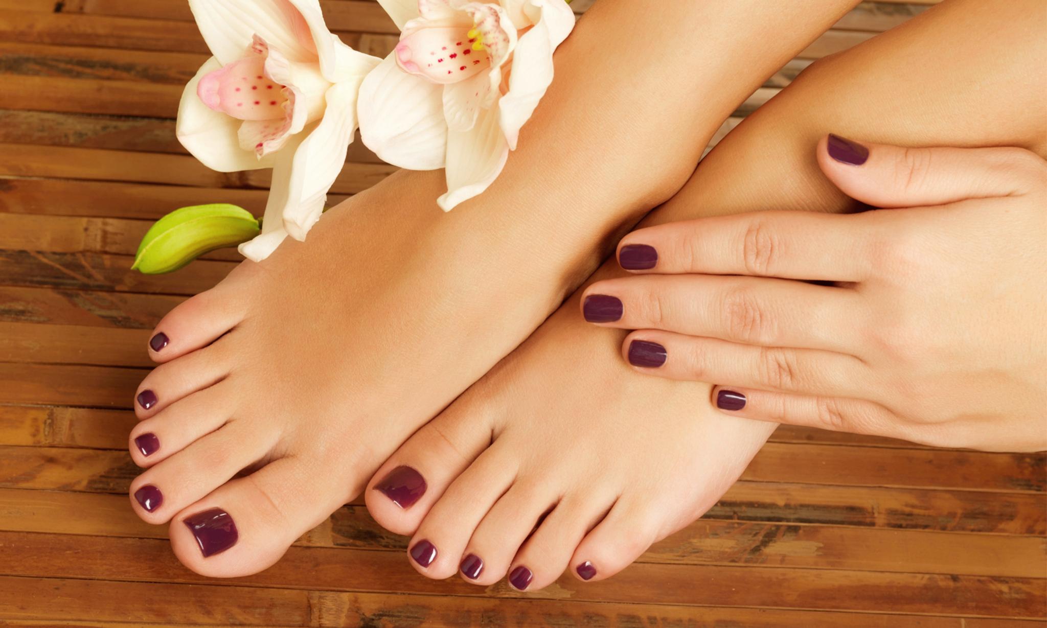 Фото ногтей на ногах и руках