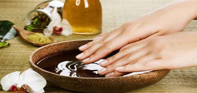 Как ускорить рост ногтей при помощи морской соли