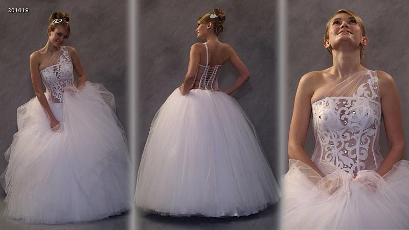 Бальное свадебное платье фото