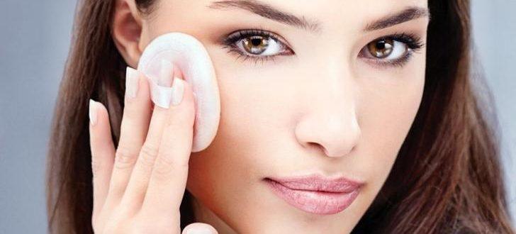 Что делать если шелушится кожа лица
