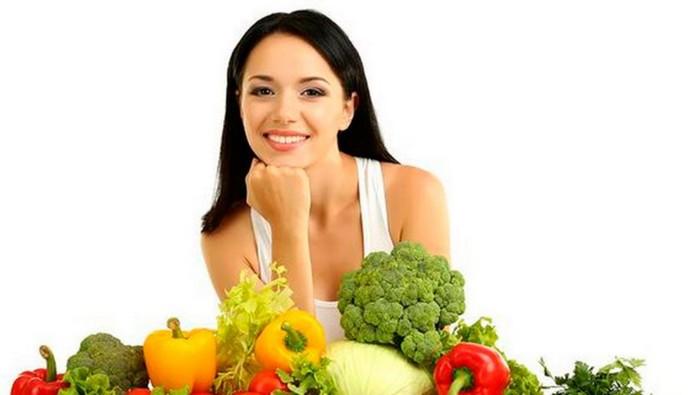 Вы будете быстрее худеть, если начинать прием пищи с овощей
