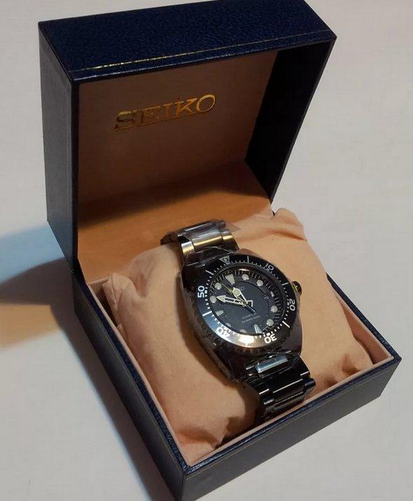Часы - отличный подарок мужчине