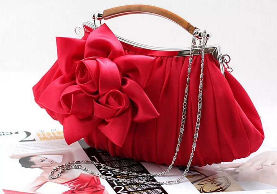 Женская вечерняя сумочка