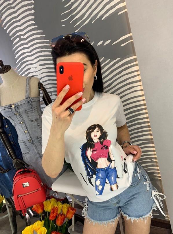 Модные футболки женские с принтами