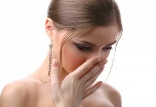 Как избавится от запаха изо рта