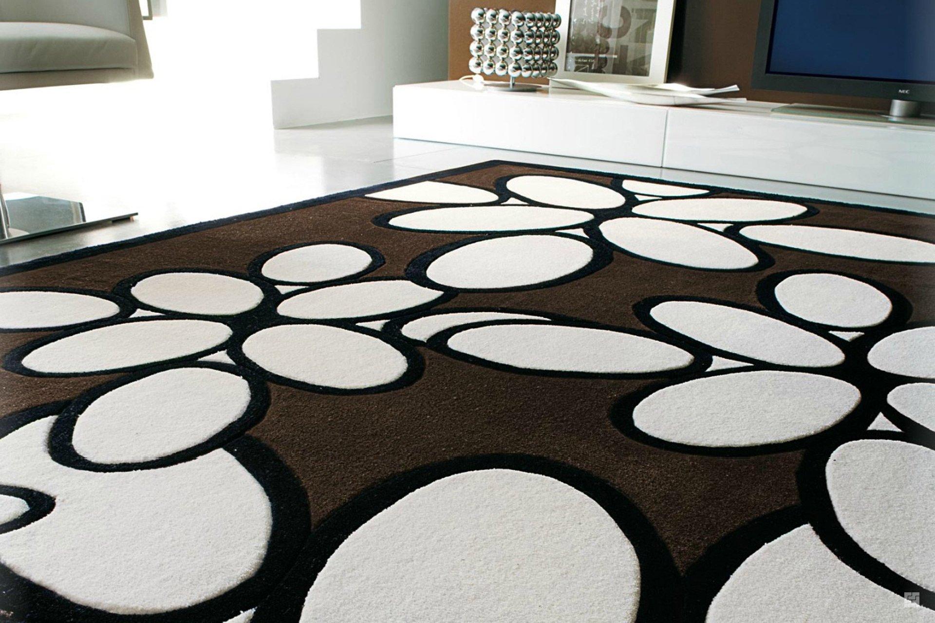 Оригинальный ковры из современных материалов