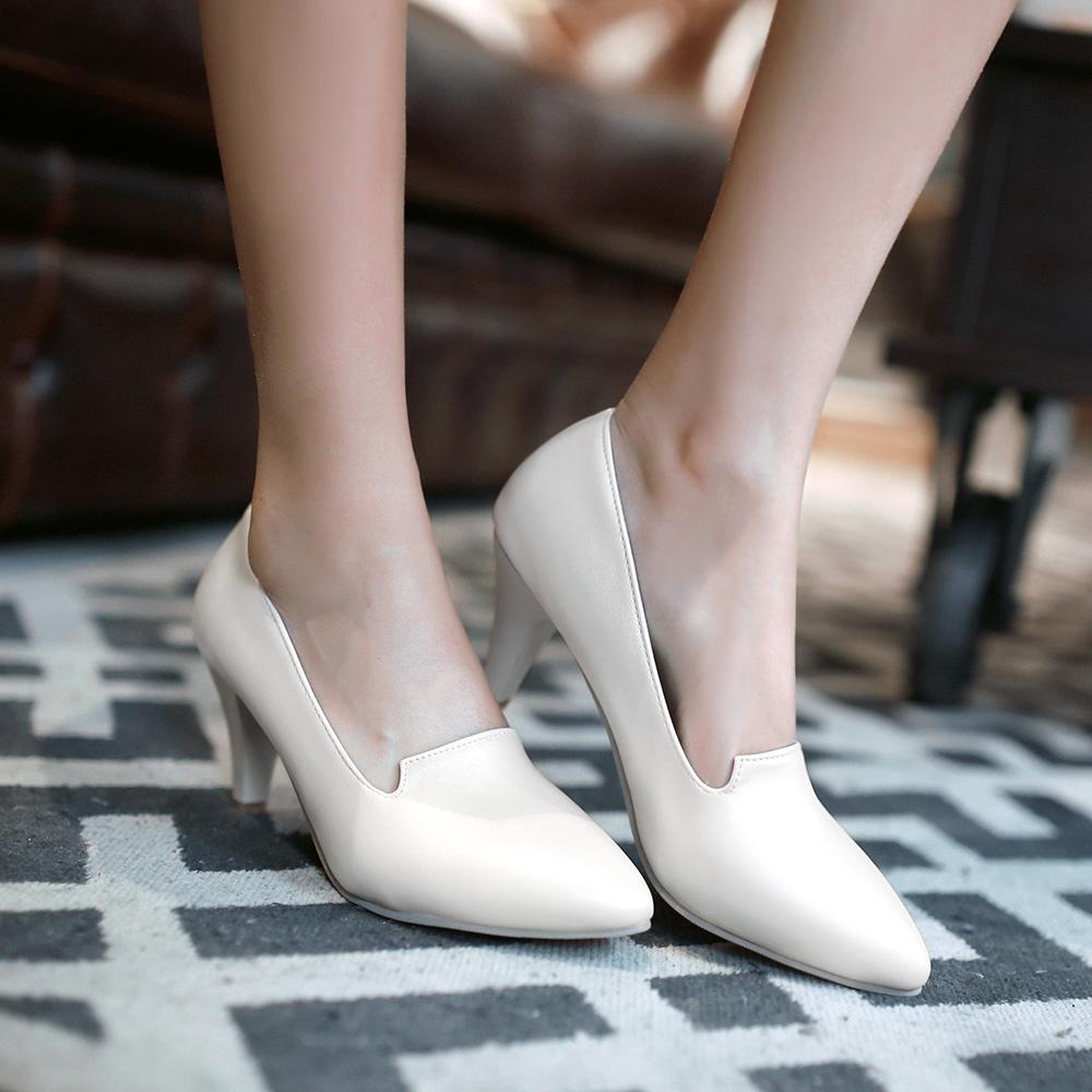 Остый носок у обуви в 2016