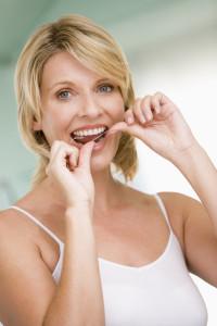 Причины появления неприятного запаха изо рта