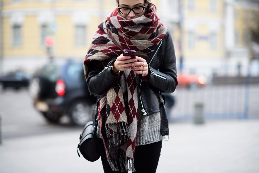 модные шарфы осень 2016